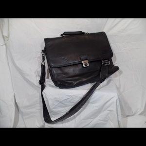 Kenneth Cole Black Leather laptop shoulder bag.